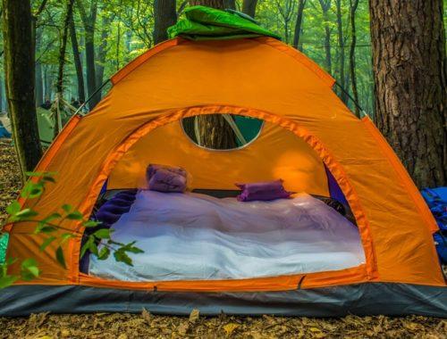 Hiking mattress in tent